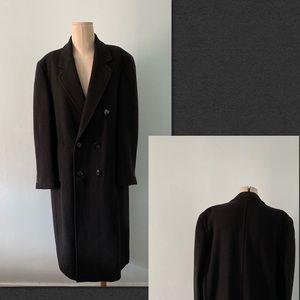 Cashmere men's coats.
